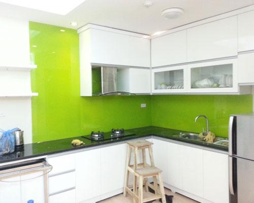 tủ bếp nhôm kính cường lực
