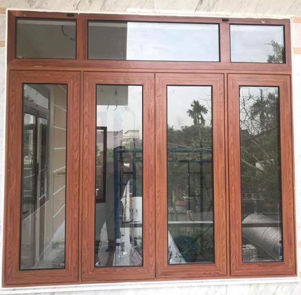 Cửa sổ nhôm Xingfa đẹp màu vân gỗ