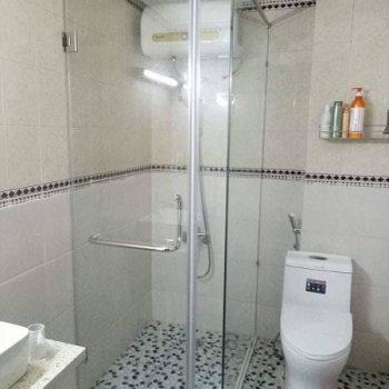 Báo giá phòng tắm kính cường lực đẹp giá